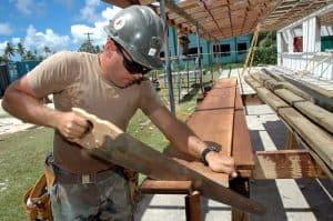 Carpenter Job Description, Qualifications and Outlook