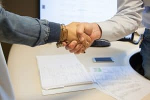 HR Assistant Job Description, Qualifications, and Outlook